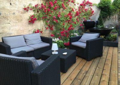 baradel-decoration-terrasse-bois-avec-mobilier (1)